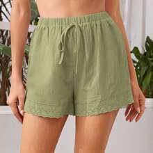 Shorts mit Schiffy Saum und Knoten vorn
