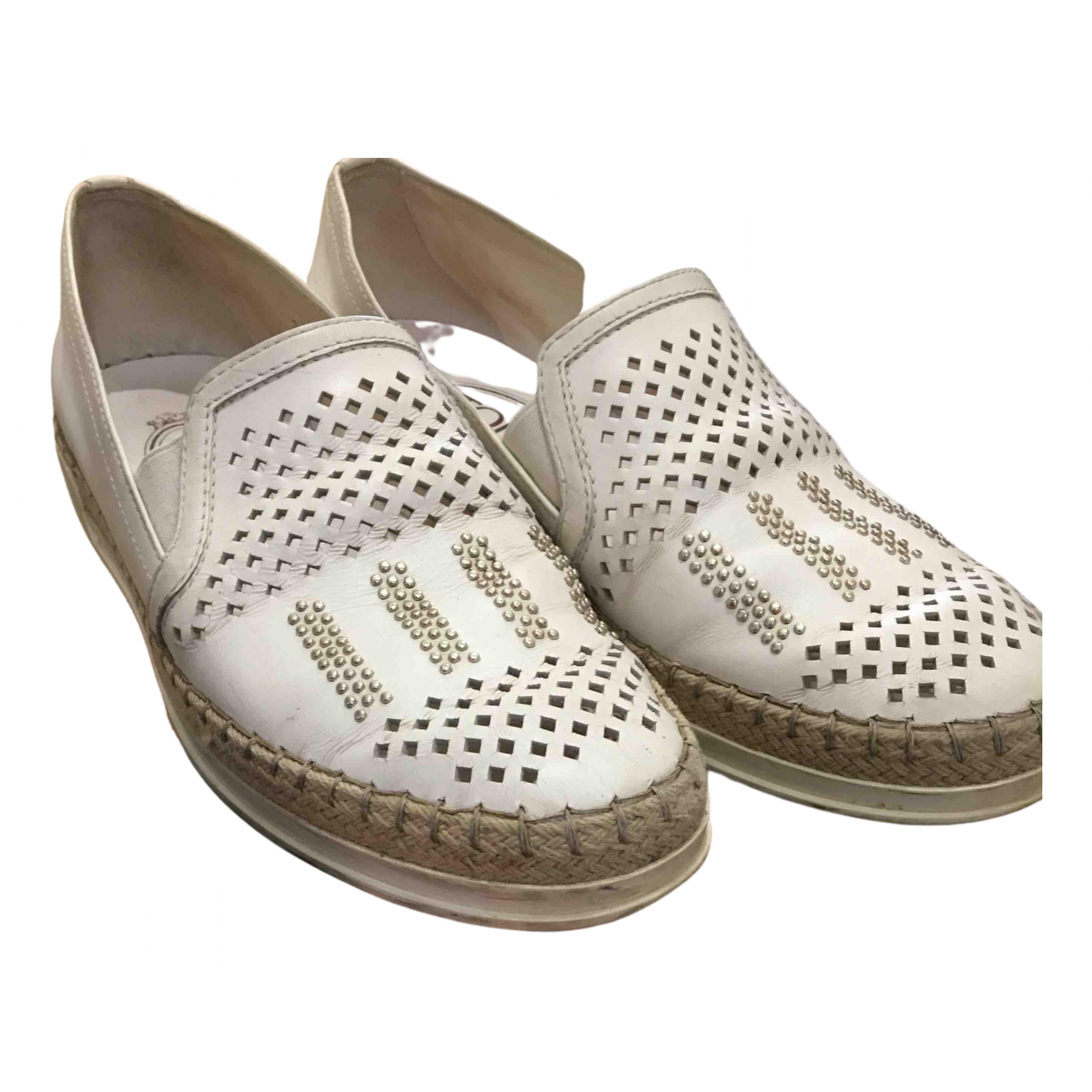 Tod's \N White Leather Flats for Women 35.5 EU