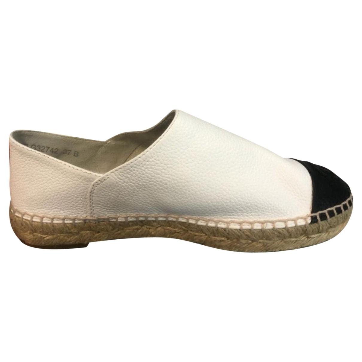 Chanel \N White Leather Espadrilles for Women 37 EU