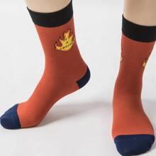 Socken mit Feuer Muster