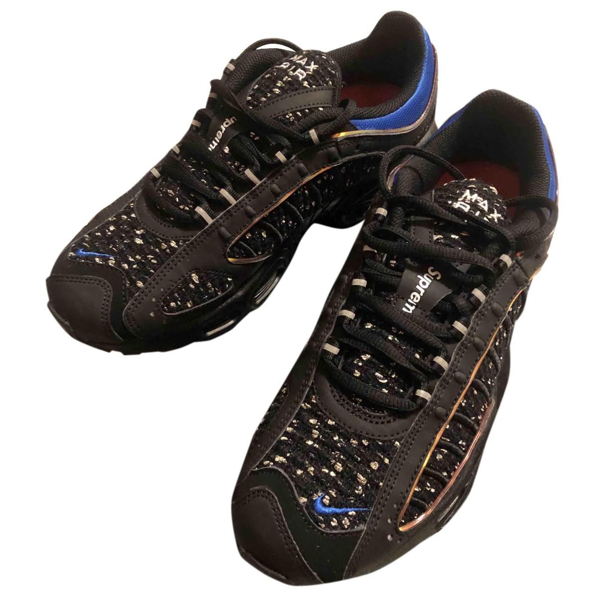 Nike X Supreme Air Max Tailwind 4 Sneakers in  Schwarz Leder