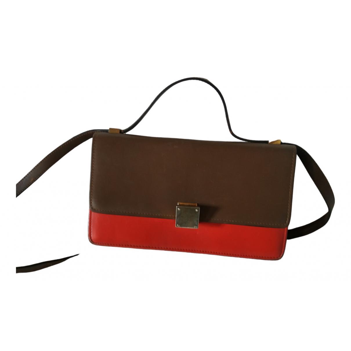 Celine Classic Camel Leather handbag for Women \N