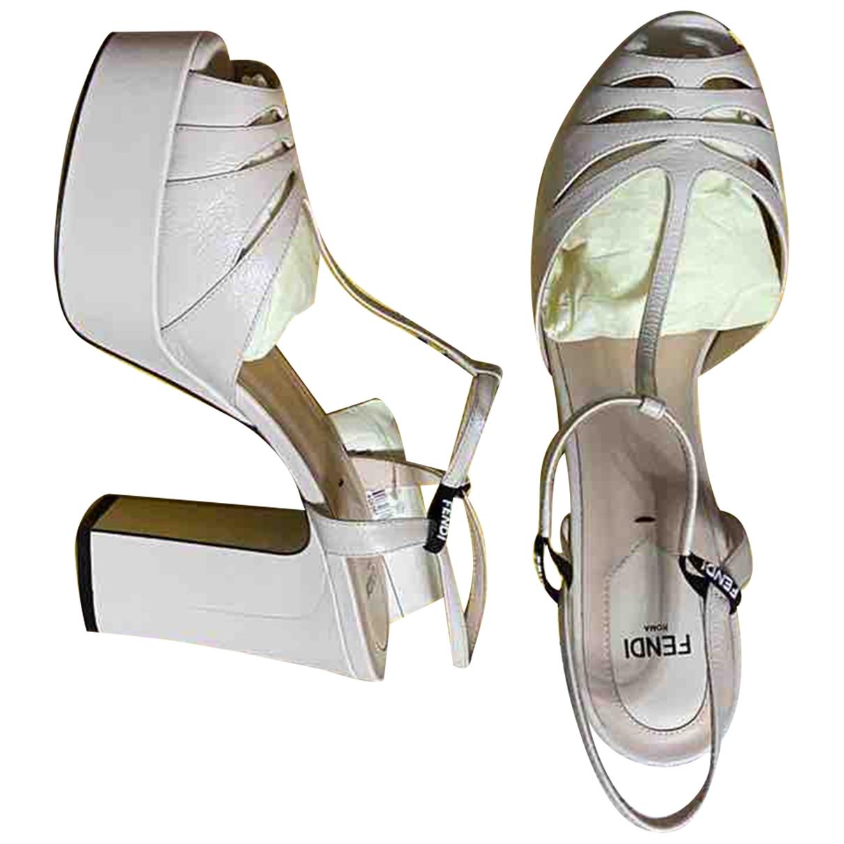 Fendi \N Ecru Leather Sandals for Women 40 EU