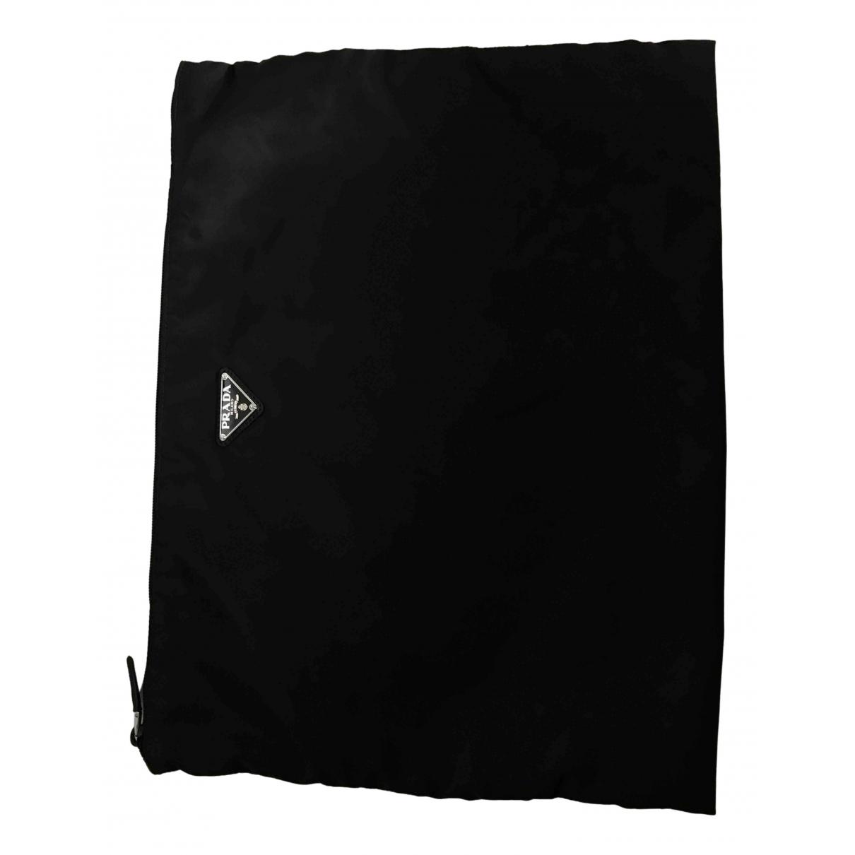 Prada \N Kleinlederwaren in  Schwarz Polyester