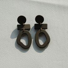 Ohrringe mit hohlem Design