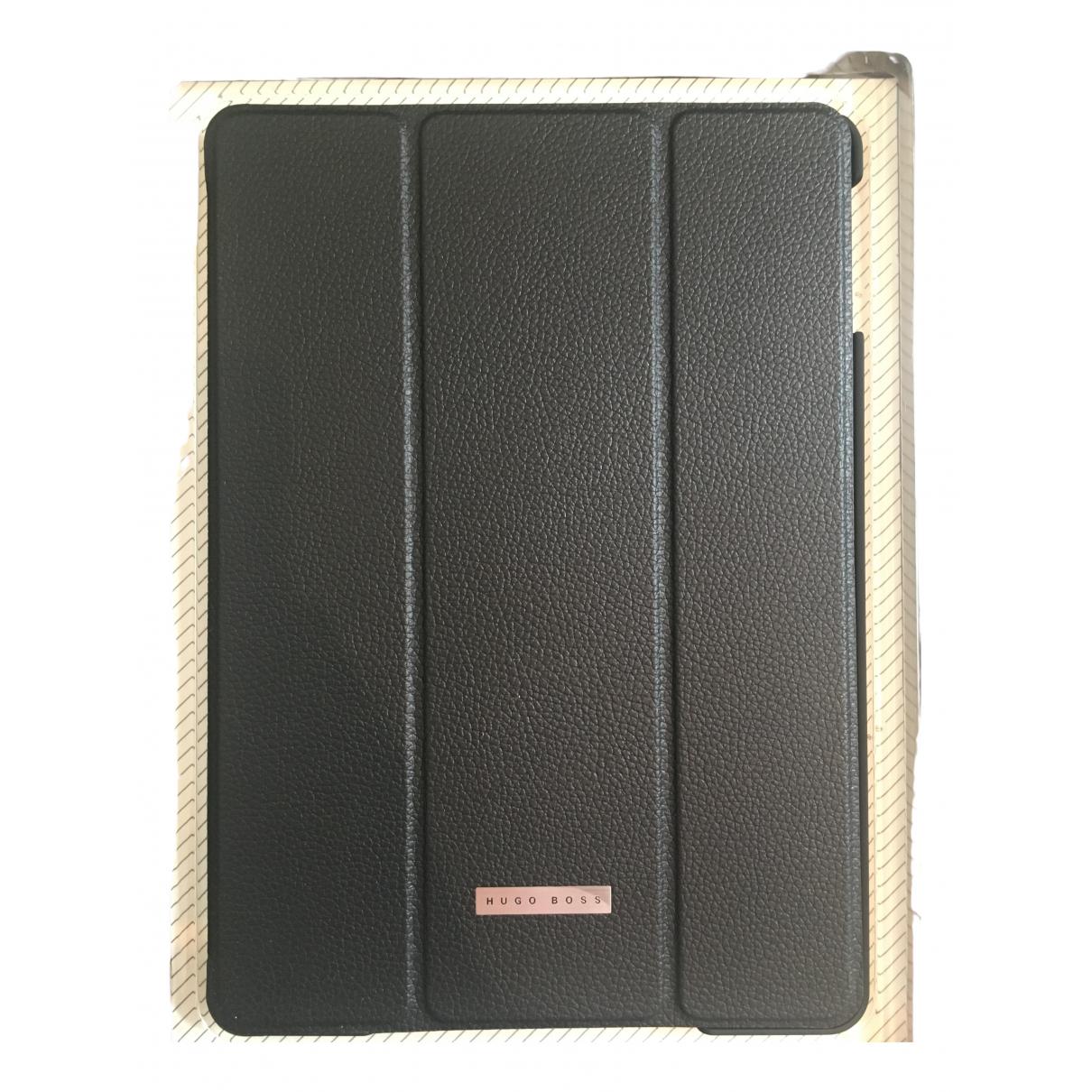 Hugo Boss \N Black Leather Small bag, wallet & cases for Men \N