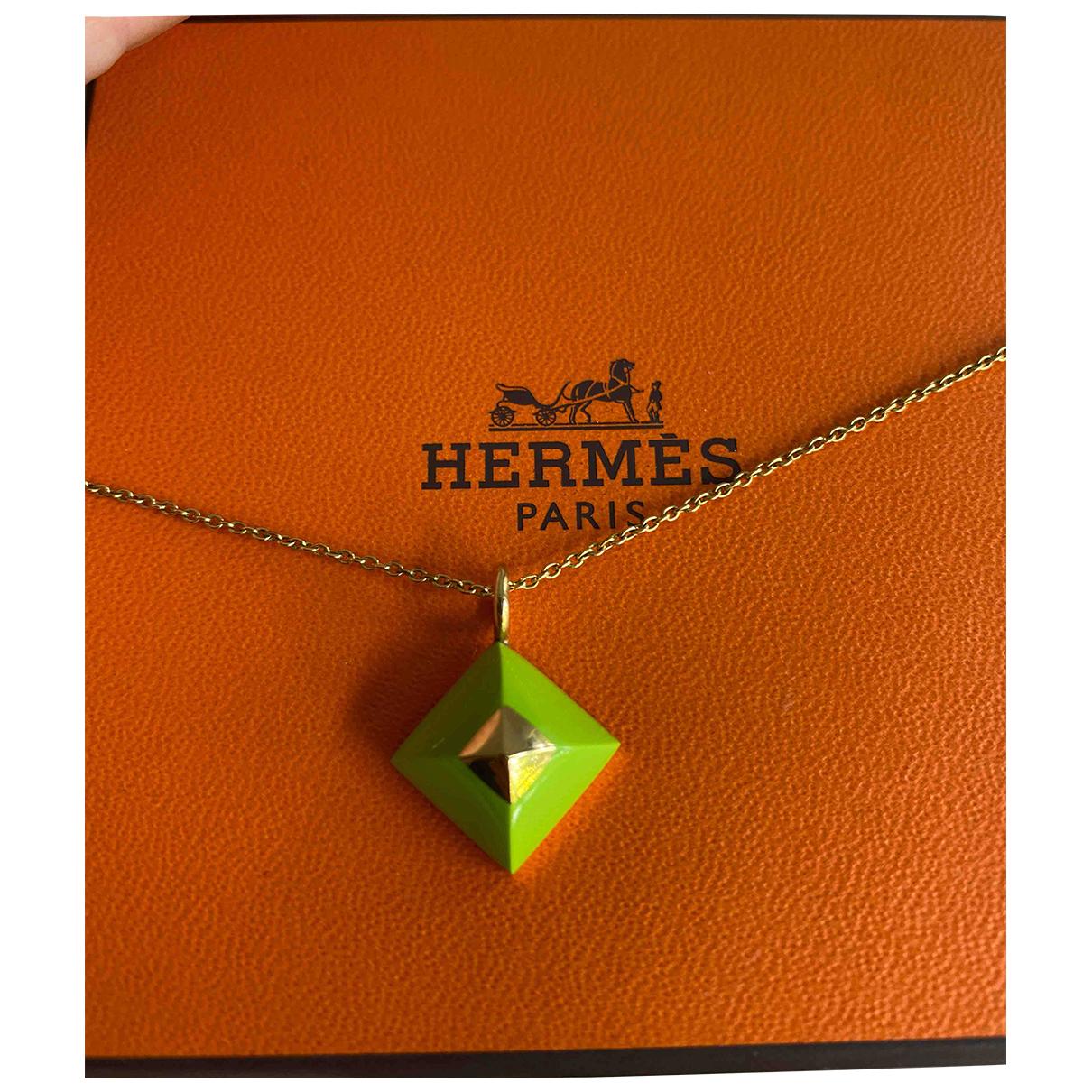 Hermes \N Anhaenger in  Gruen Metall