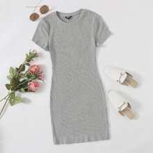 Einfarbiges Strick figurbetontes Kleid