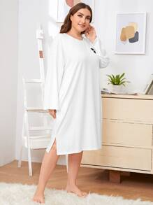 Plus Slogan Graphic Drop Shoulder Split Hem Night Dress