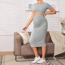 Maternidad conjunto top corto tejido de canale con falda bajo con abertura