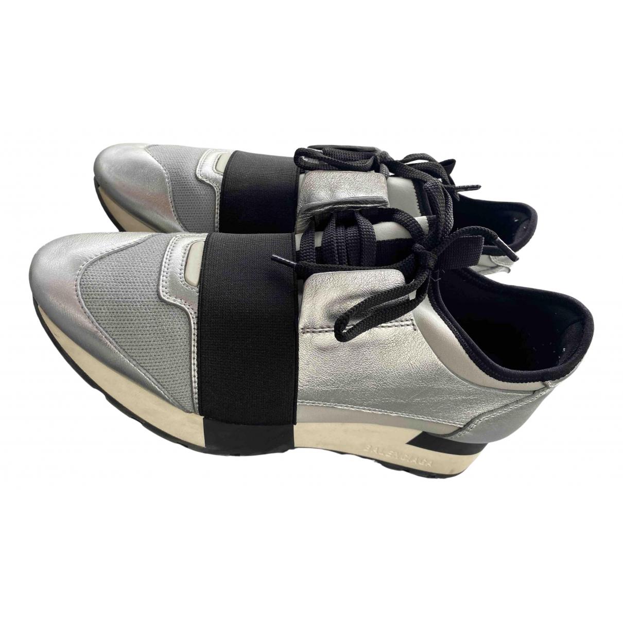 Balenciaga Race Sneakers in  Silber Leder