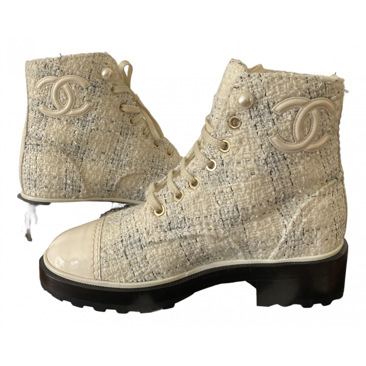 Chanel \N White Tweed Boots for Women 37 EU