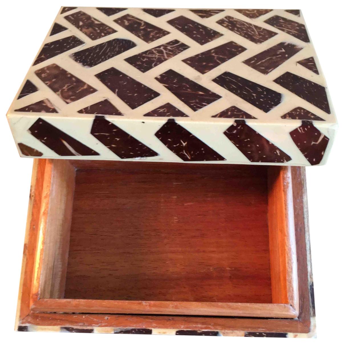 R+y Augousti \N Accessoires und Dekoration in  Braun Holz