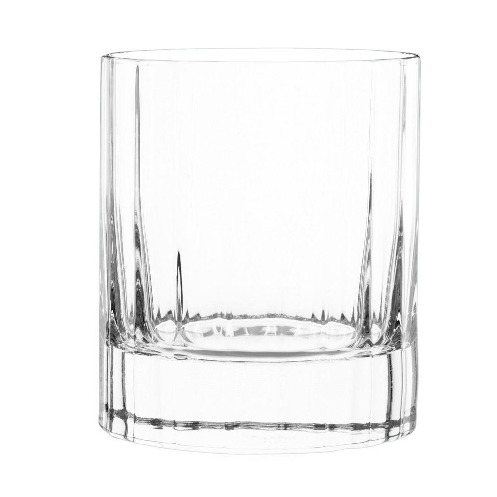 Glas aus geschliffenem Glas
