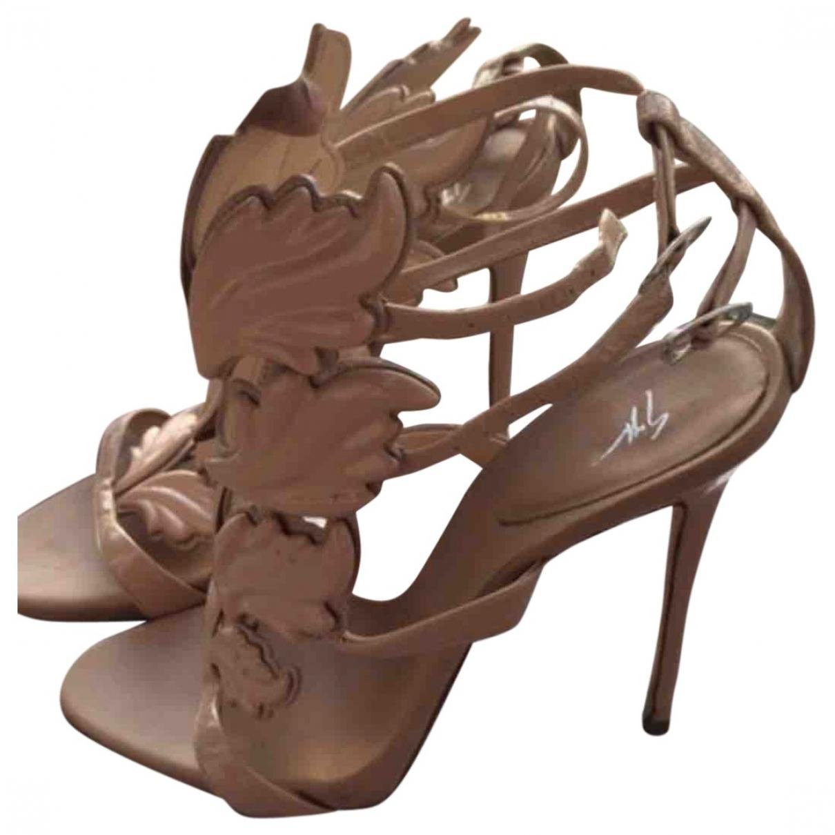 Sandalias de Charol Giuseppe Zanotti