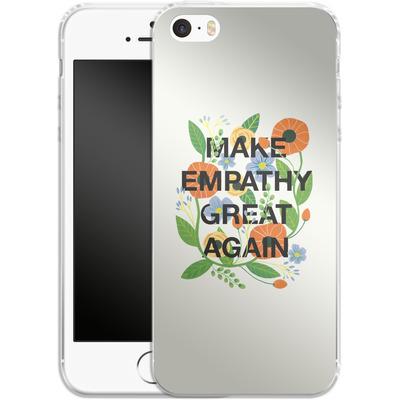 Apple iPhone 5s Silikon Handyhuelle - Make Empathy Great Again von Iisa Monttinen