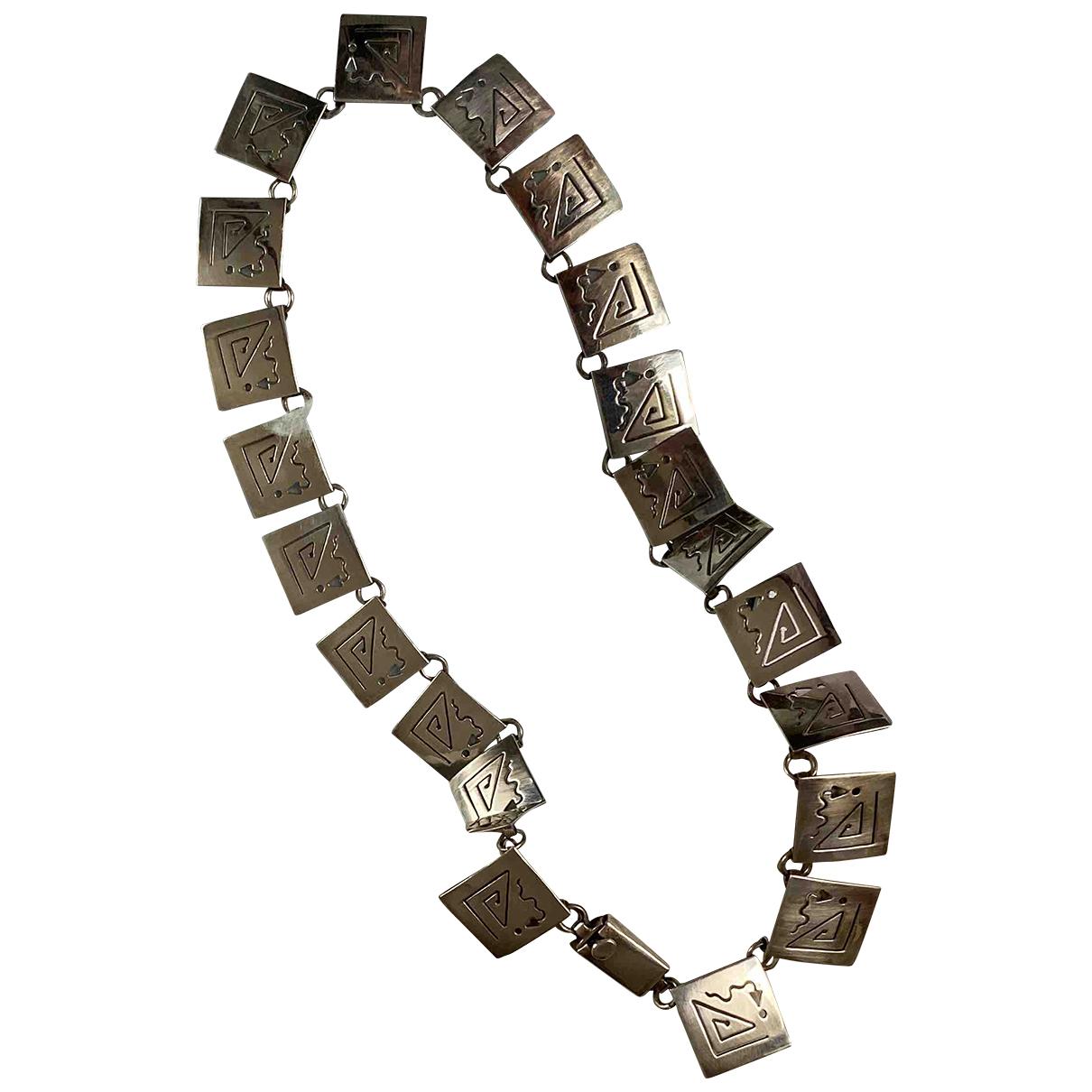 Non Signe / Unsigned \N Halskette in  Silber Silber
