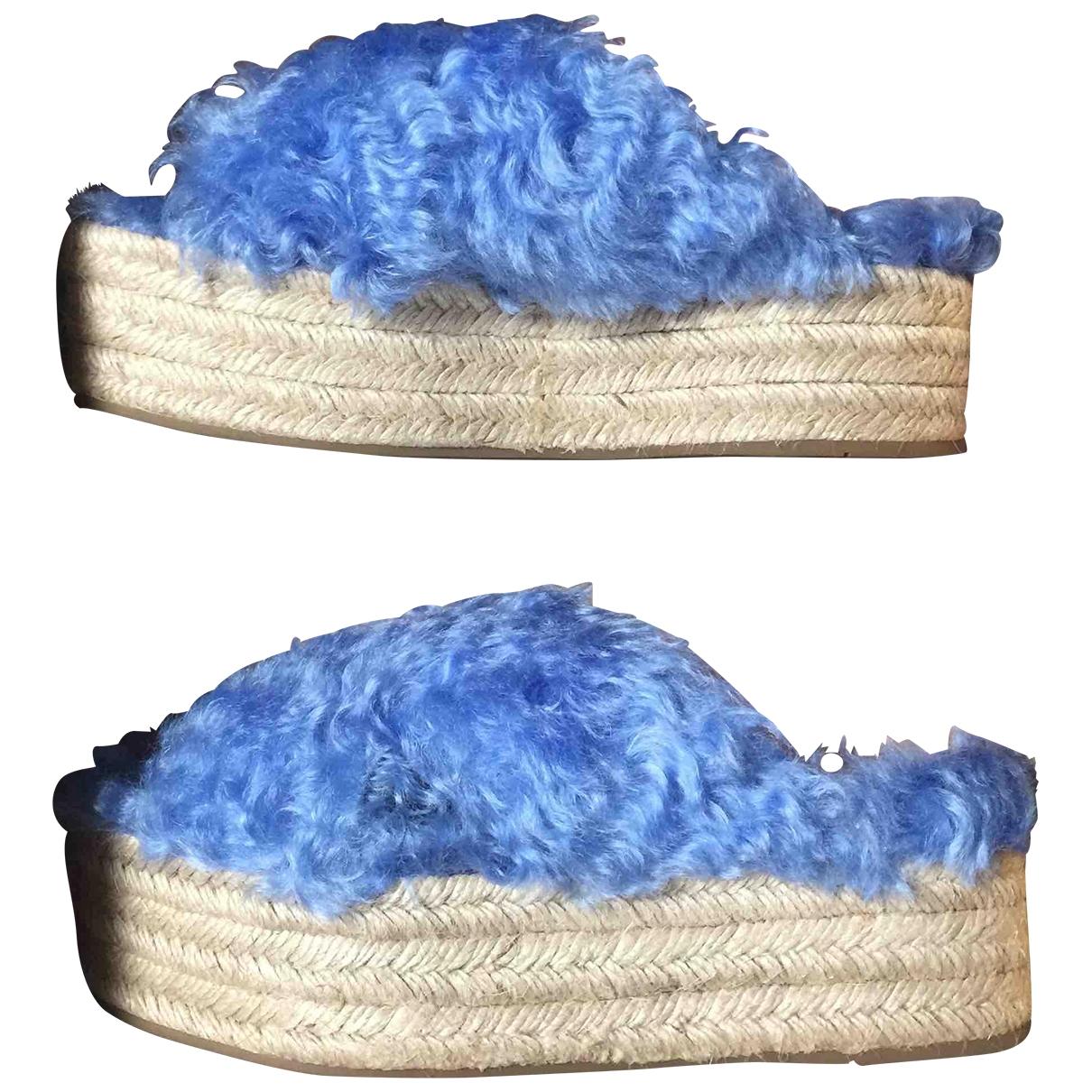 Miu Miu - Sandales   pour femme en fourrure synthetique - bleu