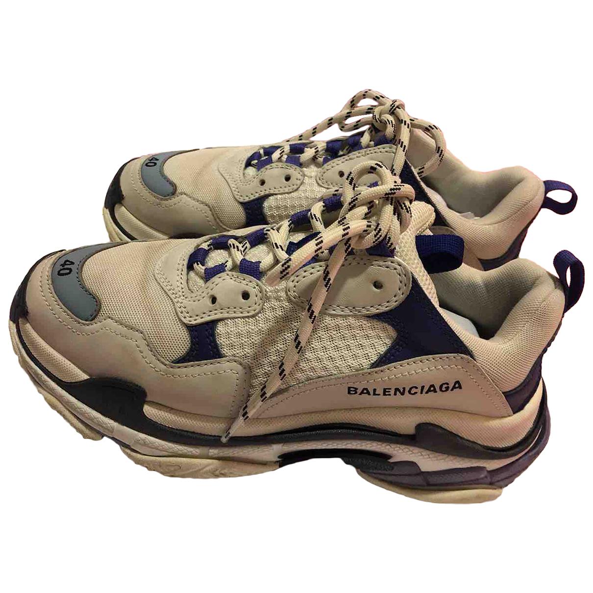 Balenciaga Triple S Sneakers in  Blau Leder