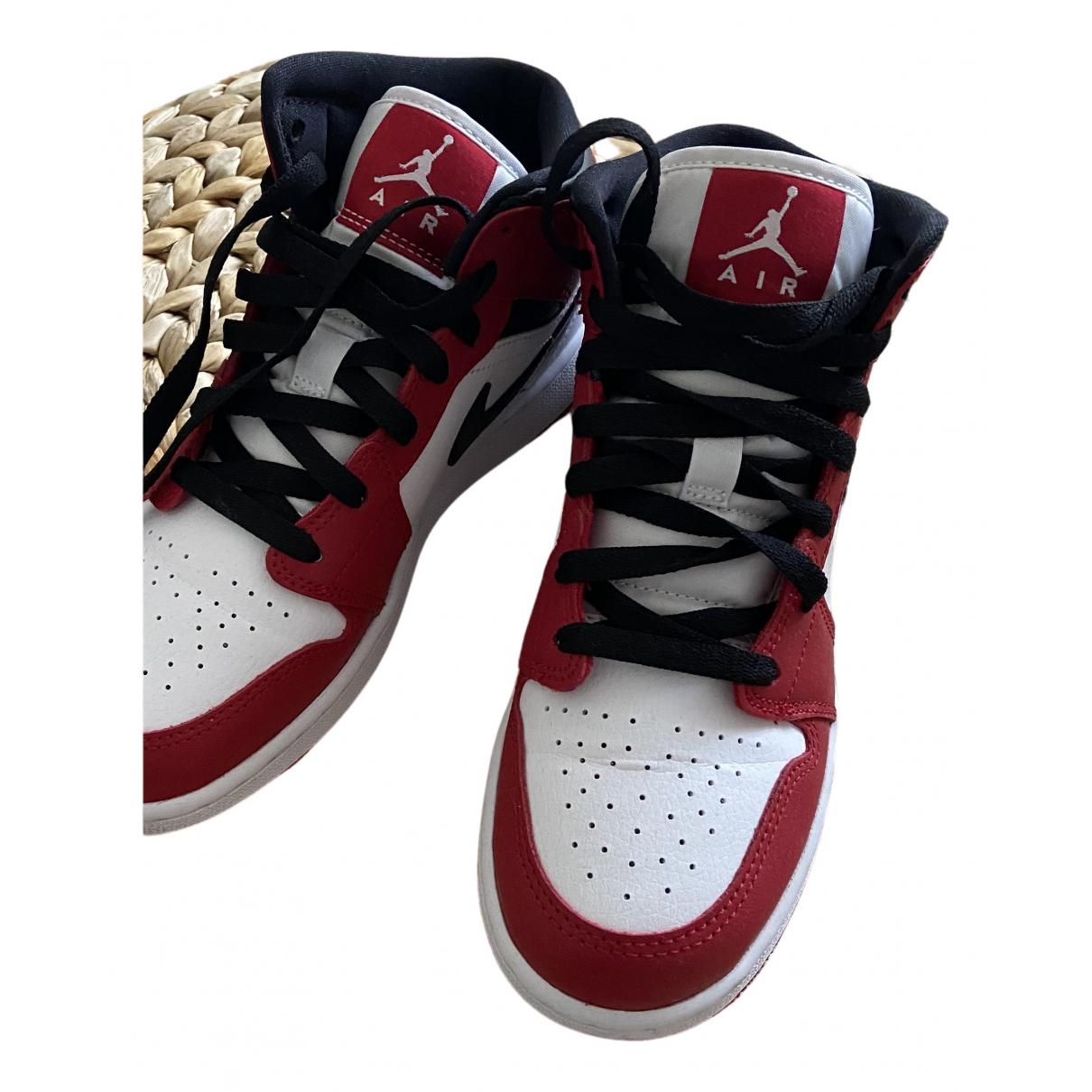 Jordan - Baskets   pour femme en cuir verni - rouge