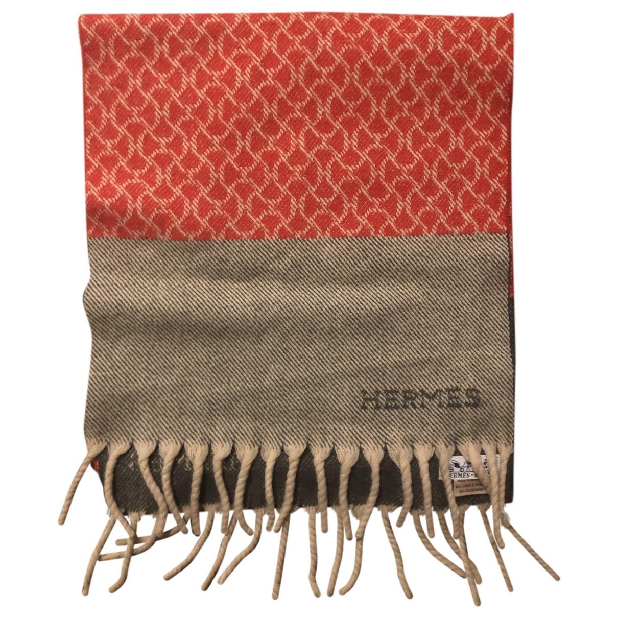 Pañuelo / bufanda de Lana Hermes
