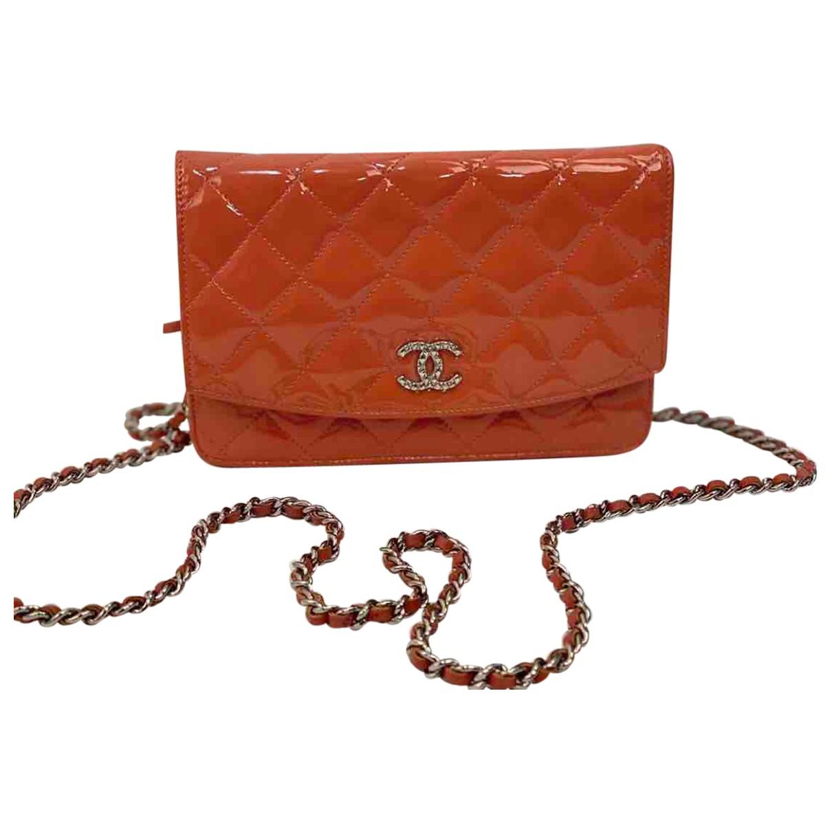 Bandolera Wallet on Chain de Charol Chanel
