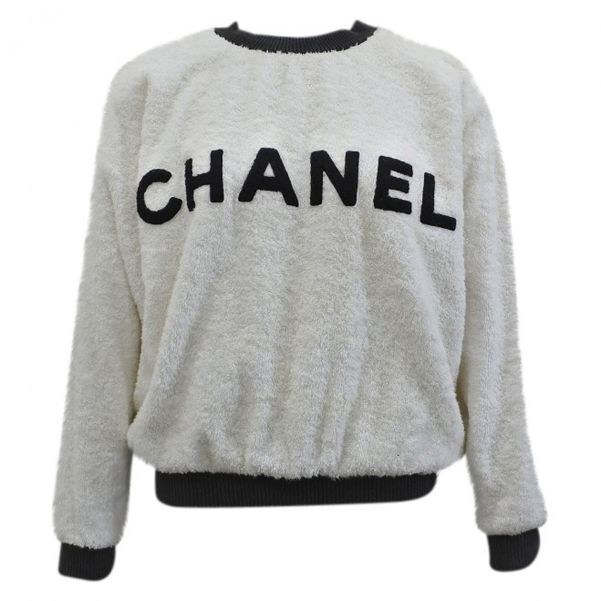 Sueter Chanel