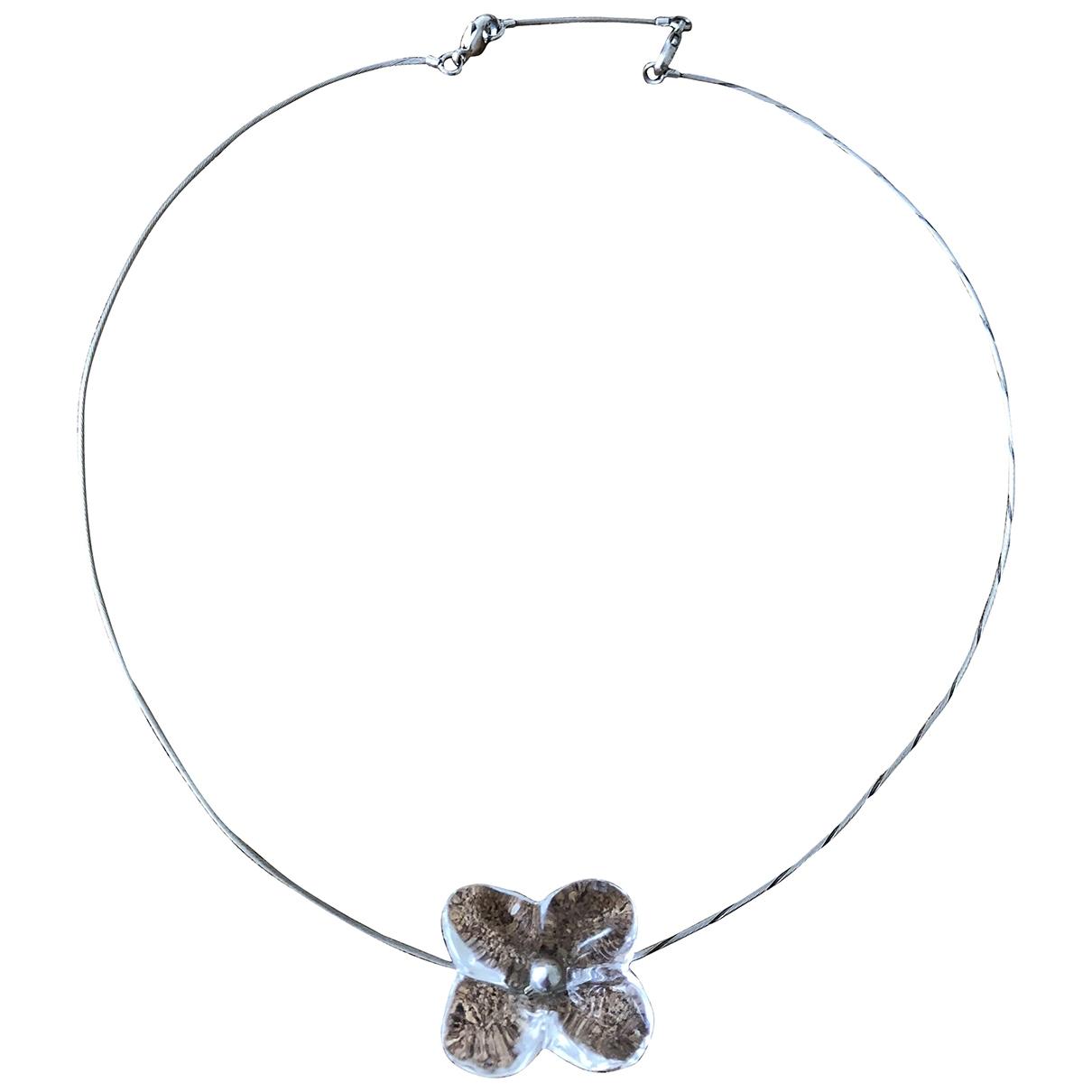 Collar Hortensia de Plata Baccarat