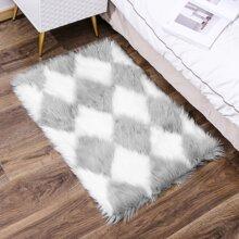 Pluesch Bodenmatte mit Geometrie Muster