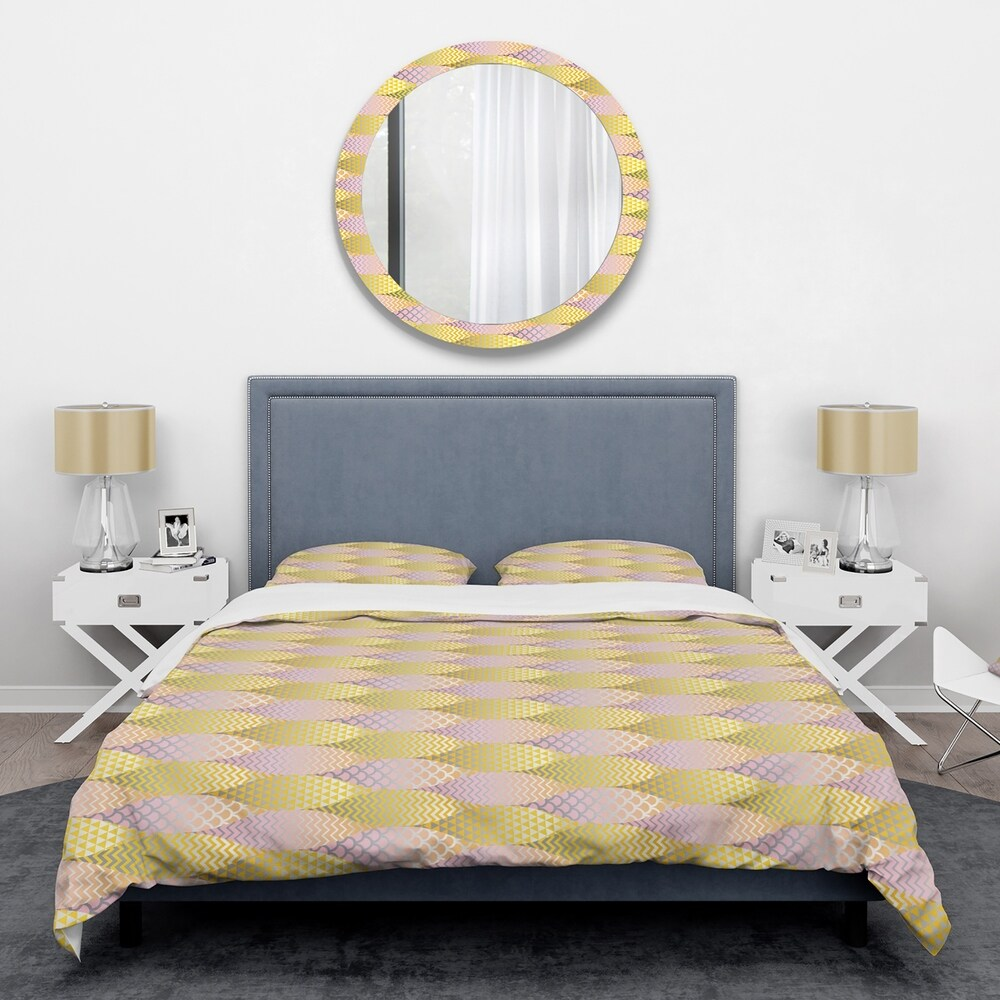 Designart Golden Geometrical Fish Scale Mid-Century Duvet Cover Set (Twin Cover + 1 sham (comforter not included))