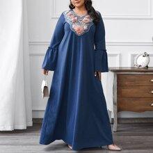 Tunik Kleid mit Applikationen, Strass und Stickereien