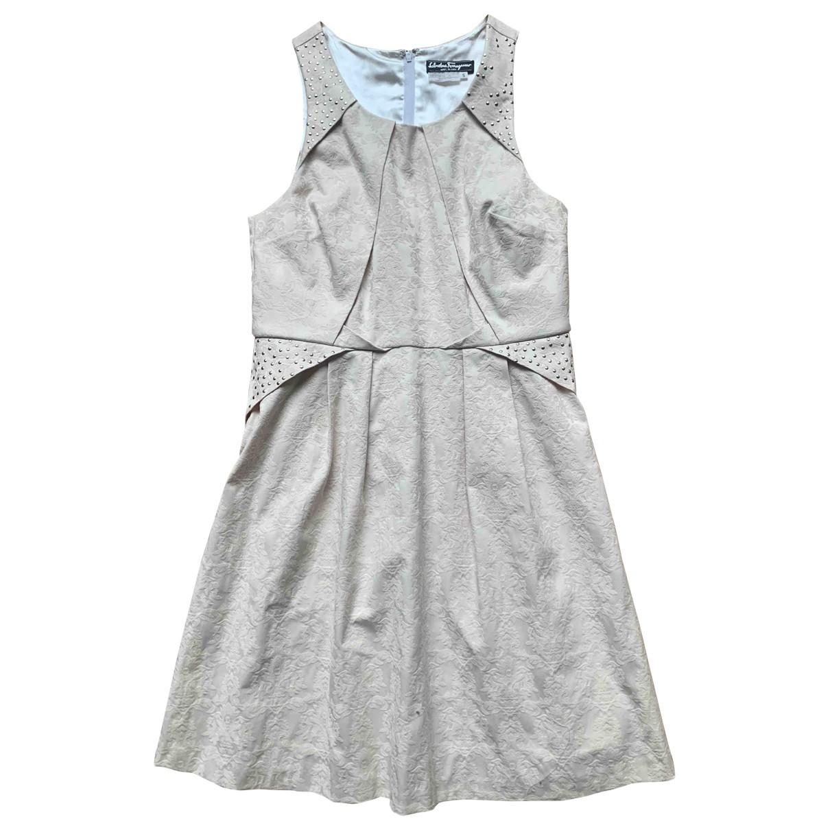 Salvatore Ferragamo \N Beige Silk dress for Women 38 FR