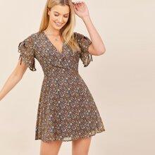 Short Sleeve Surplice V-Neck Floral Mini Dress