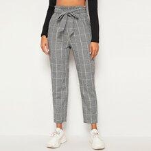 Pantalones con cinturon de cintura con volante con estampado de cuadros