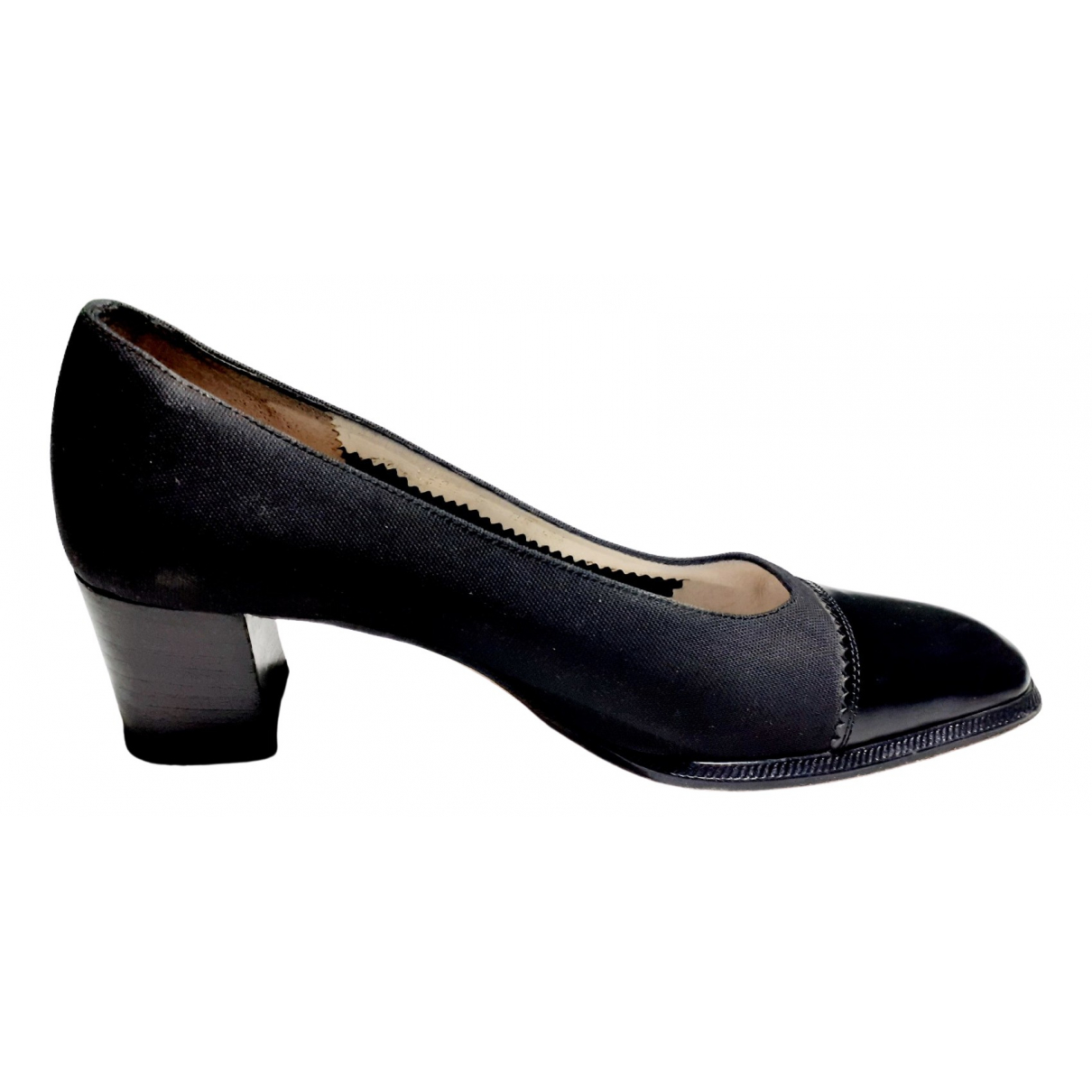 Non Signé / Unsigned \N Black Leather Heels for Women 34 EU