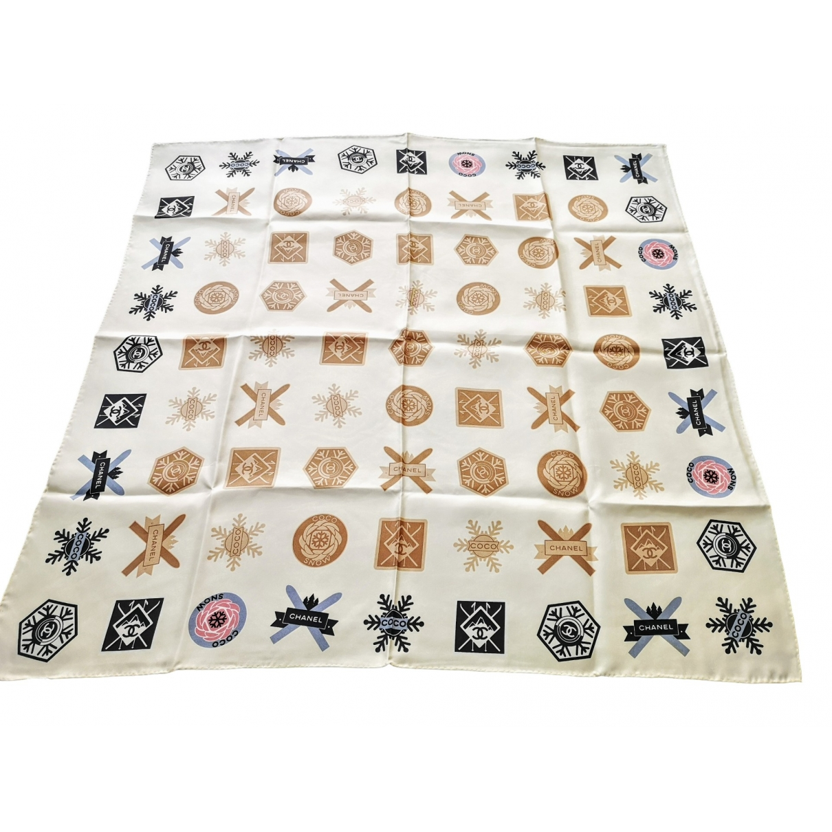 Chanel \N Beige Silk scarf for Women \N