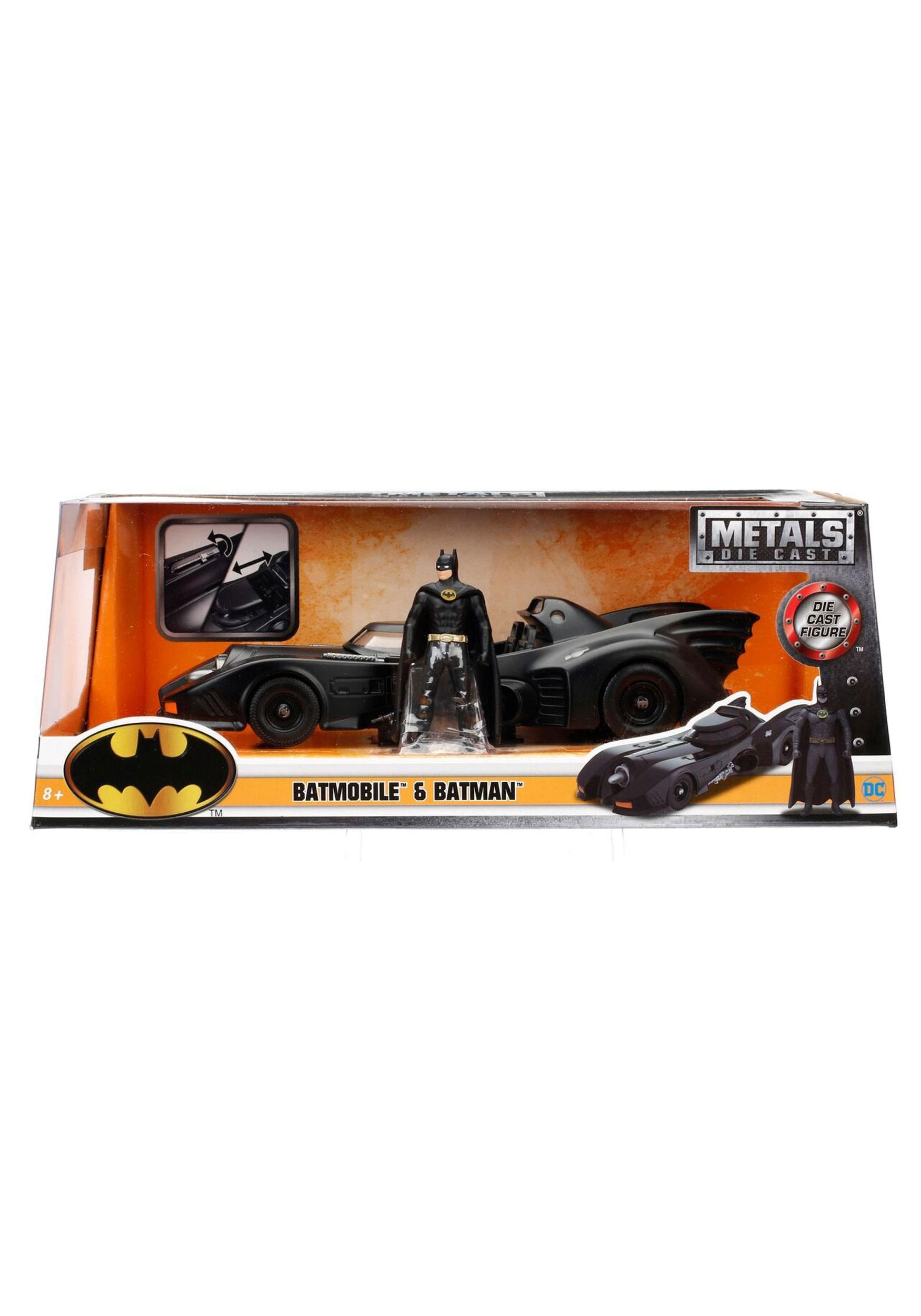 1989 Batmobile Batman 1:24 Scale Model with Figure