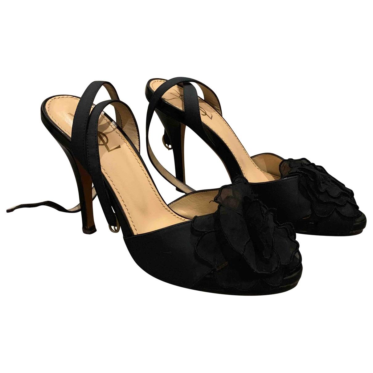Yves Saint Laurent \N Black Leather Sandals for Women 38 EU