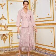 Blazer Kleid mit Kontrast Spitzen, Reverskragen und Guertel