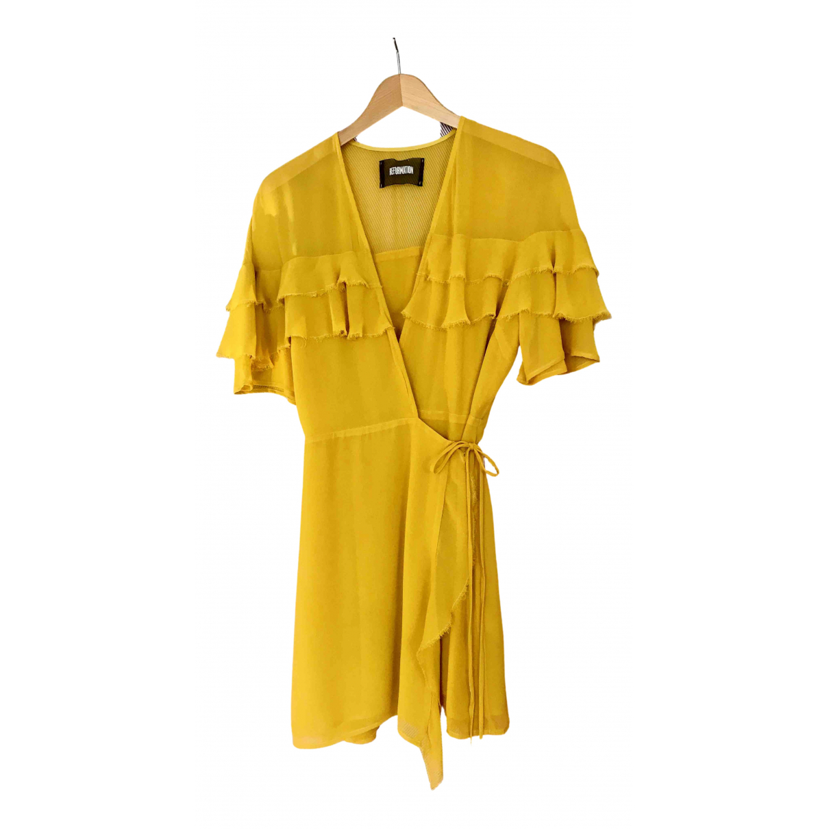 Reformation \N Kleid in  Gelb Viskose