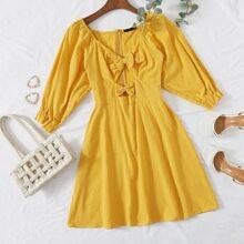 Kleid mit Schleife vorn und Raglan Ärmeln