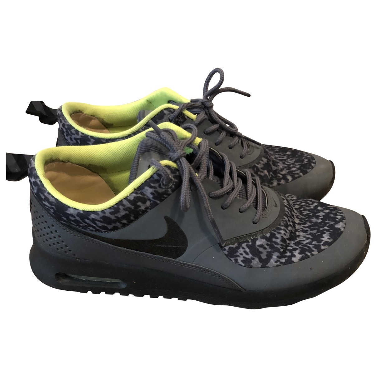 Nike Air Max  Sneakers in  Grau Polyester