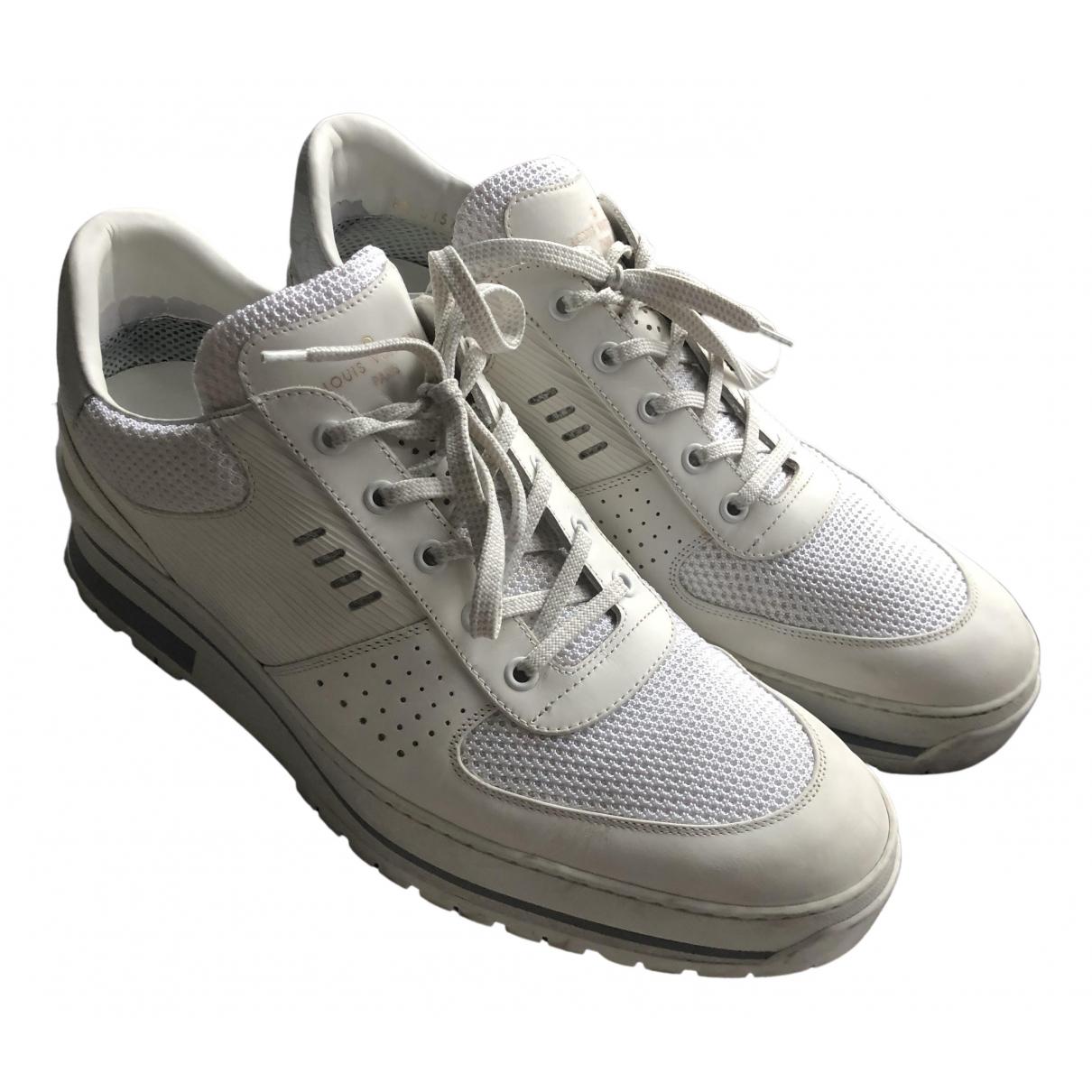 Louis Vuitton Harlem Sneakers in  Weiss Leder