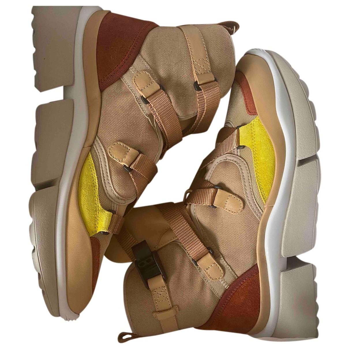 Chloe Sonnie Sneakers in  Kamel Leder