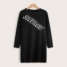 Vestido estilo camiseta con estampado de letra