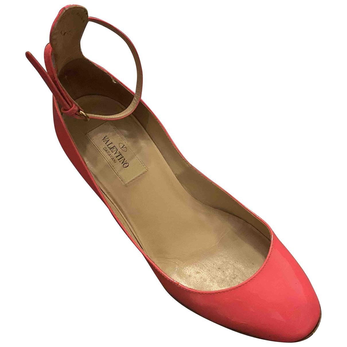 Valentino Garavani - Escarpins Tango pour femme en cuir verni - rose