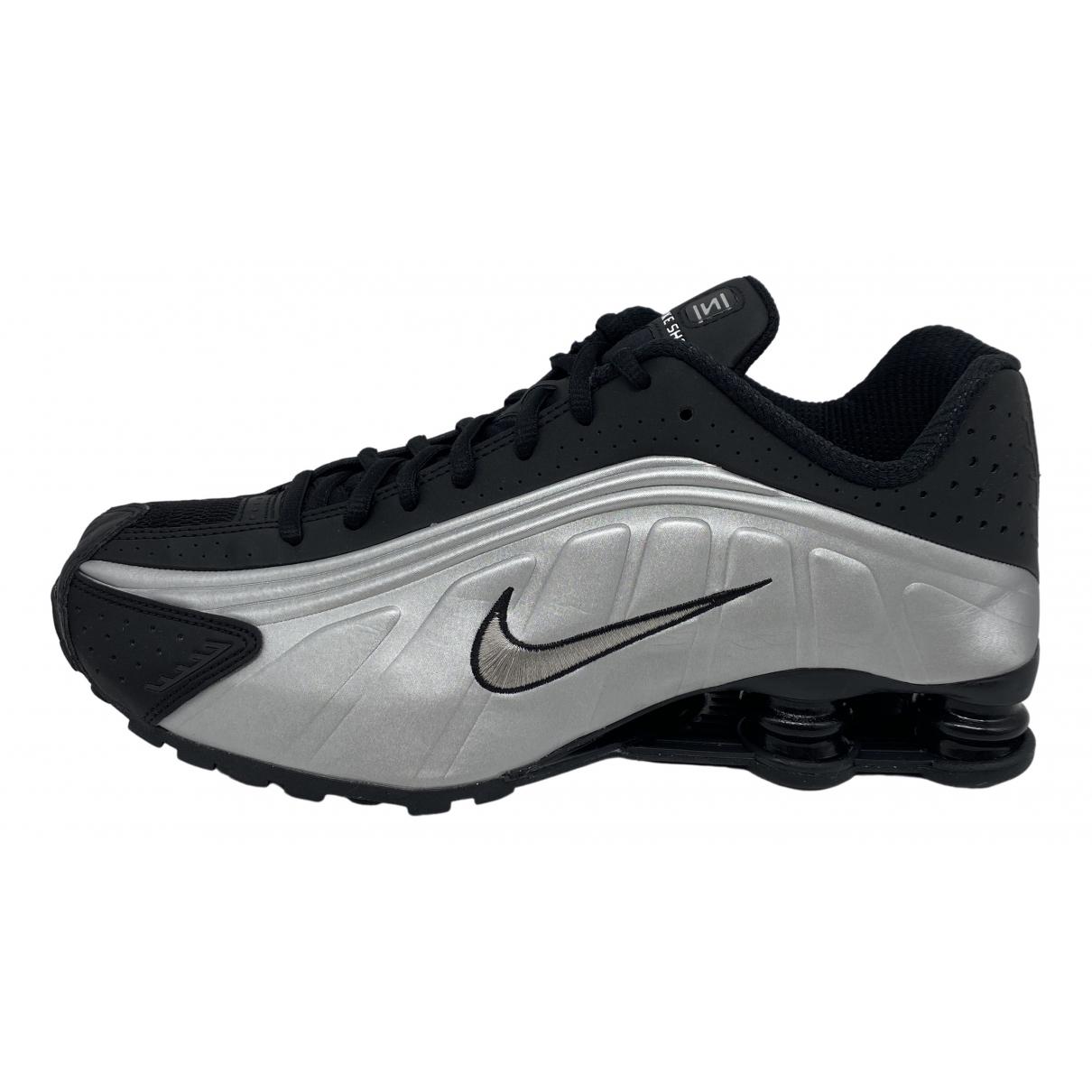 Deportivas Shox de Cuero Nike
