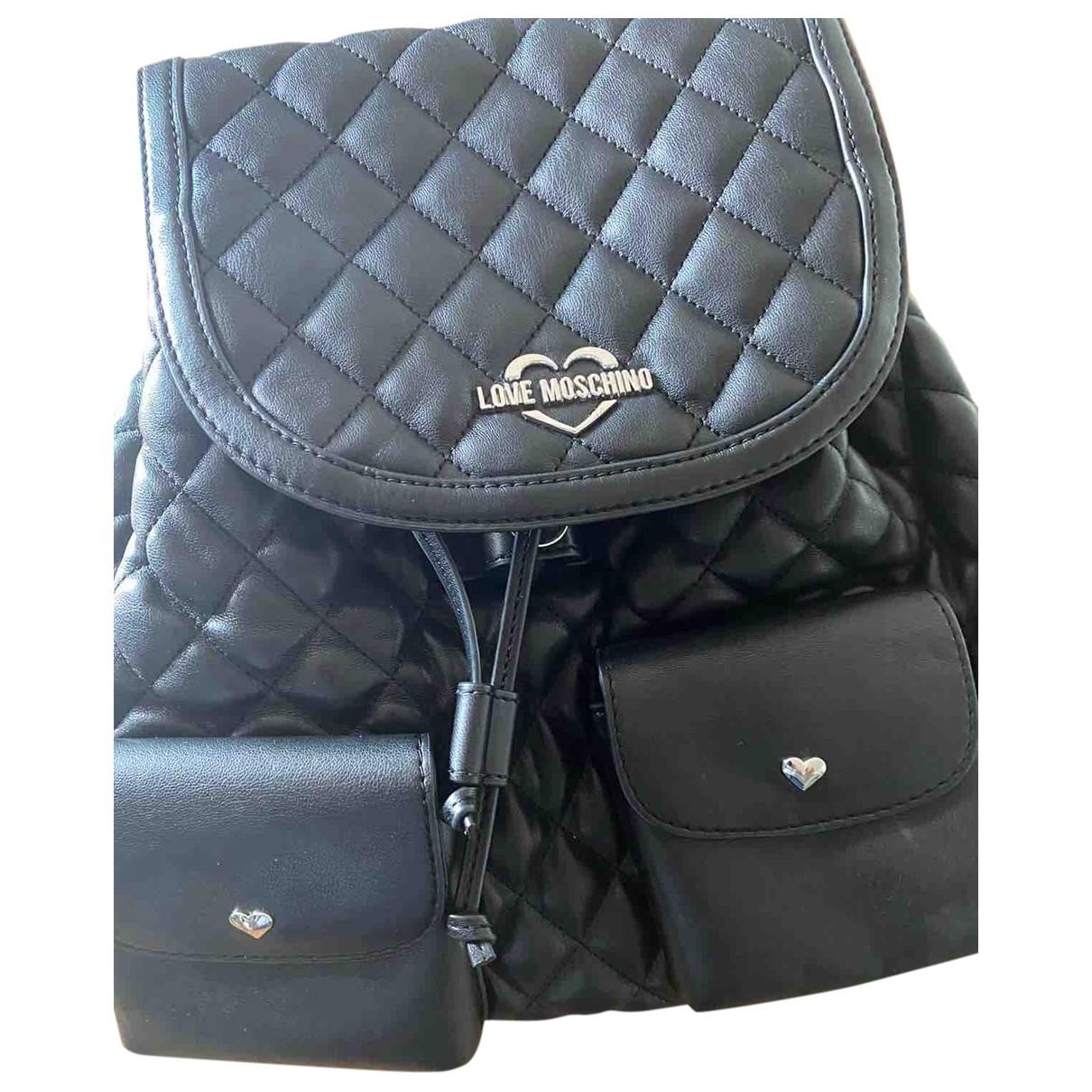 Moschino Love - Sac a dos   pour femme en cuir verni - noir