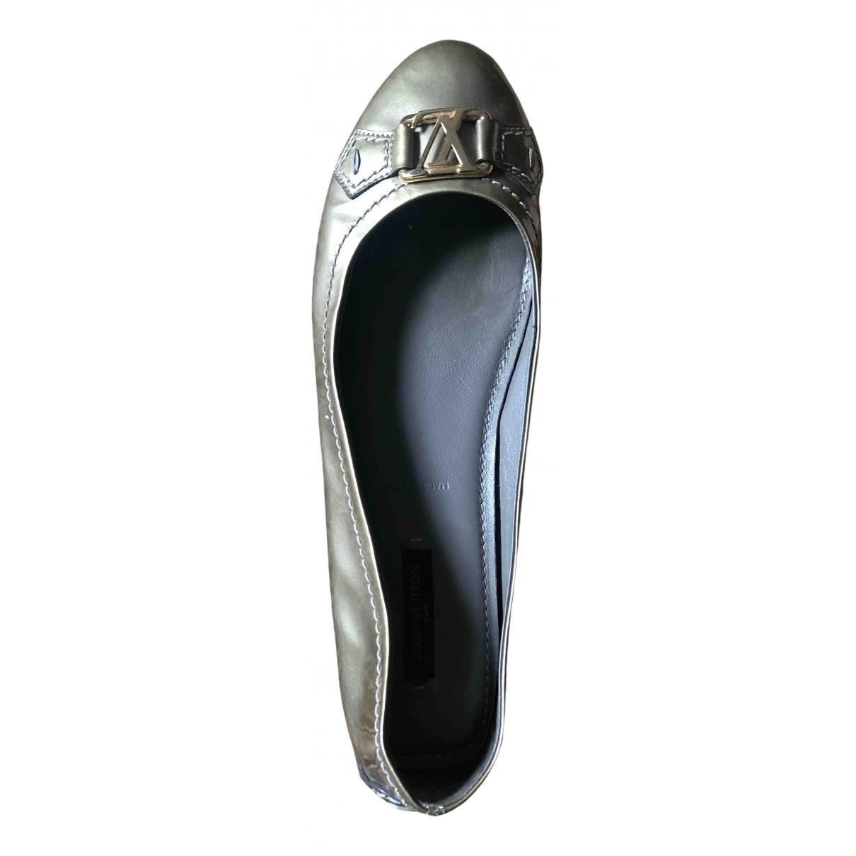 Louis Vuitton \N Ballerinas in  Metallic Lackleder