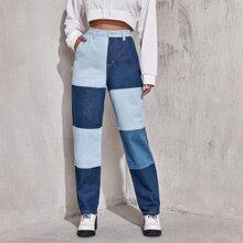 Jeans mit hoher Taille und geradem Beinschnitt